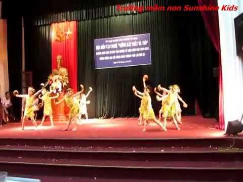 Trường mầm non Sunshine Kids biểu diễn tại hội thi của Huyện