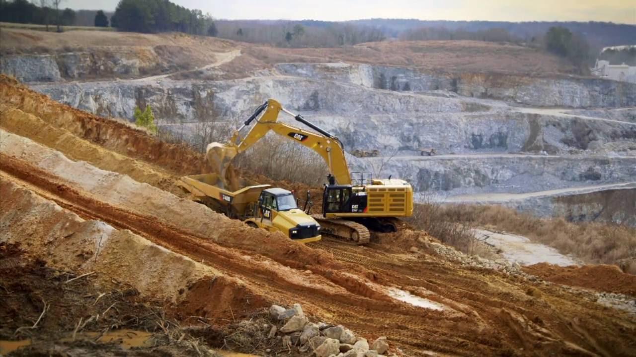 Cat 374 F Excavator Video - 74 Ton Tracked Excavator
