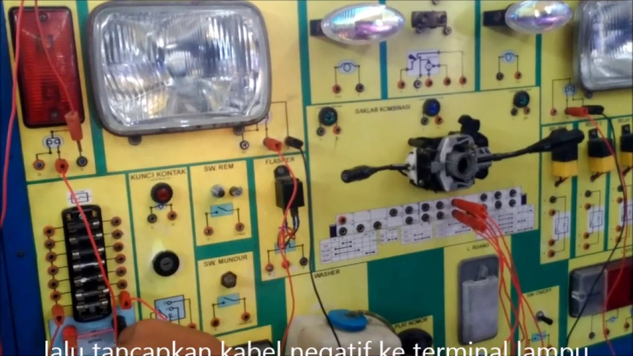 Praktek Trainer Kelistrikan Body Toyota Kijang Youtube