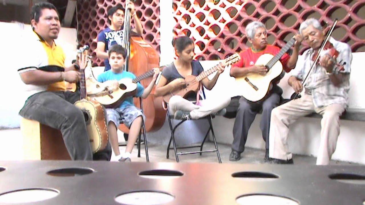 Grupo de m sica tradicional mexicana infantil de casa de cultura mtz y los alegres del recuerdo - Casa de los espiritus alegres ...