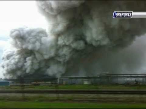 Pvc Chemical Plant Explodes In Louisiana Youtube