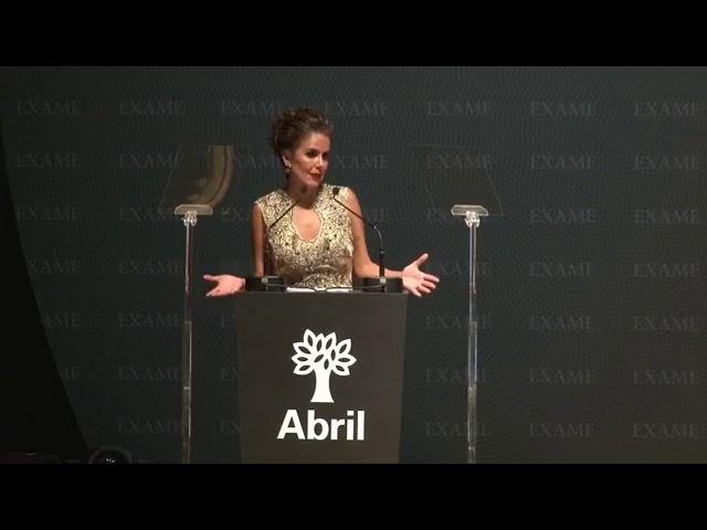 Vanessa Cochi  - Abril
