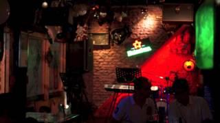 人文工坊美式音樂餐廳 O two O Four Live Band Pub