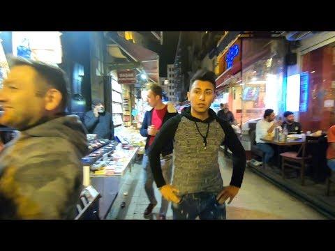 Hello ISTANBUL, TURKEY! The Nightlife Street Scene