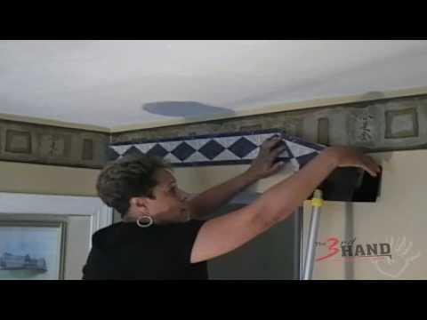 3rd Hand Wallpaper Border Assistant