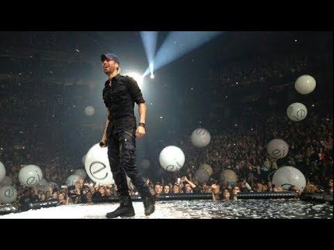 Enrique Iglesias performing in Toronto, day 2 #AirCanadaCentre