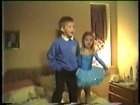 Cute Kids Dancing and Singing- best bit at 8 mins
