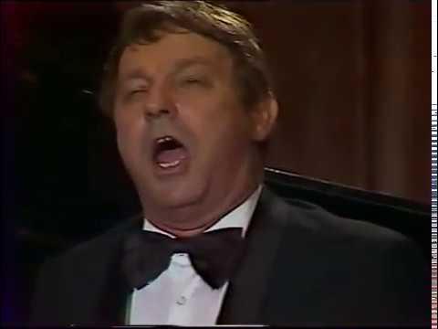 Eloldva bárkánk - Csák József nápolyi dalokat énekel 1992.