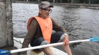 Калининградец смастерил лодку из пенопласта