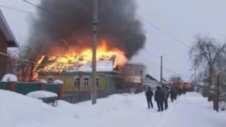 В Касево горит жилой дом