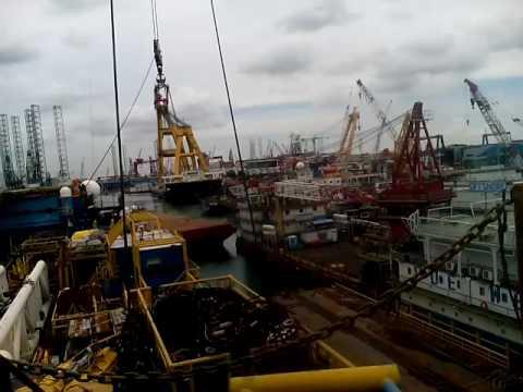 Dondri Big Rig Crane Operator Offshore