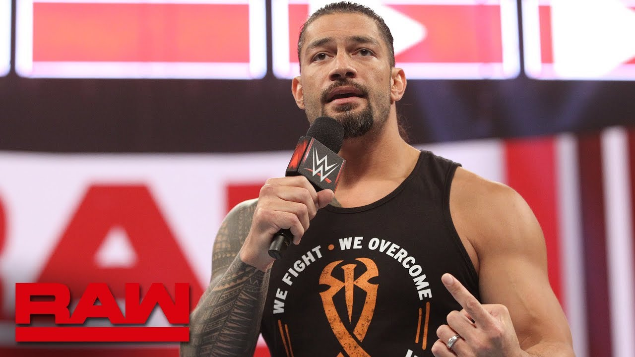 roman reigns announces he