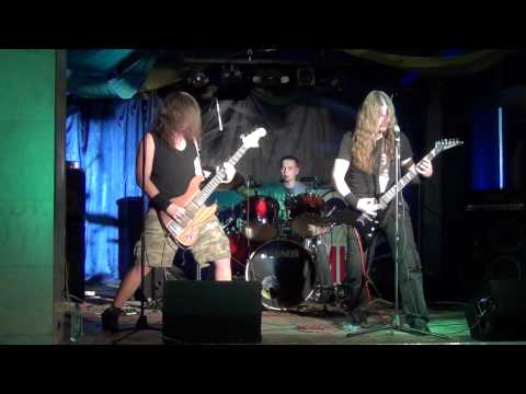 Ammonium - Supposed to rot (Entombed cover) + Neverending hate (Unleashed cover)