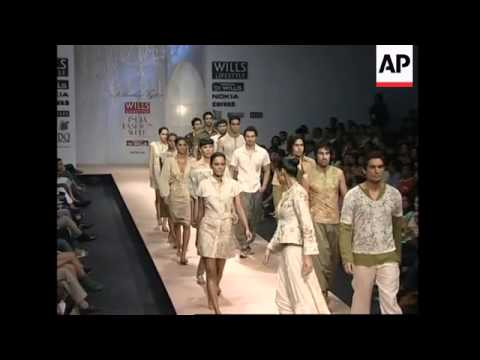 New Vikram Phadnis And Siddartha Tytler Show At India Fashion Week Youtube