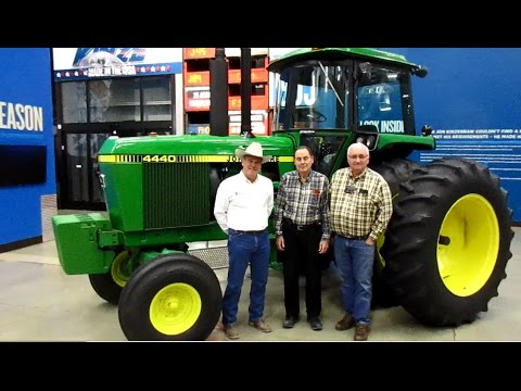 Story of 1982 John Deere 4440 with 47 Hours Sold on Illinois Farm Auction 3/6/09