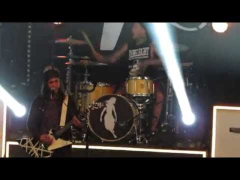 Pierce the Veil- Disasterology [Live @ The Fox Theater Pomona]