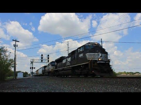 NS M-2 hits the throttle while leading an EB Manifest Train @ Millbury
