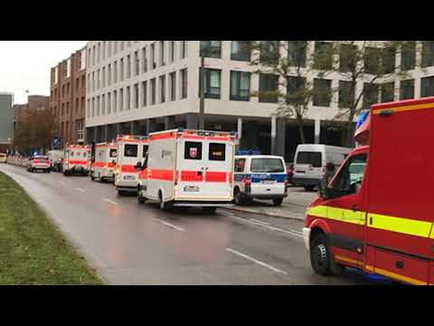 German police hunting knifeman stabbing Munich