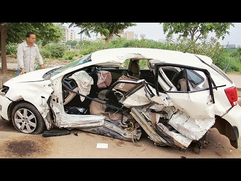 Latest Car Accident of Volkswagen Polo in India - Road - Crash - Compilation - 2016 - 2017 - 2018
