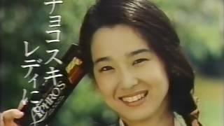 出演:田中裕子 しゃべり方がクールで大人な印象。