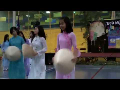 Vietnamese Tradional Dance