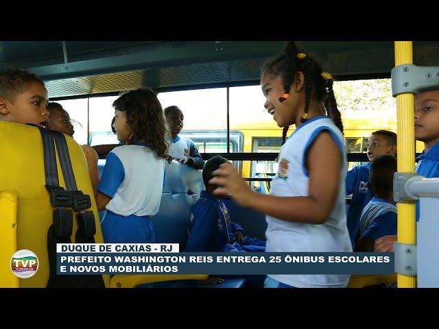 Prefeitura de Caxias entrega 25 ônibus escolares e mobiliários novos - TvPrefeito.com
