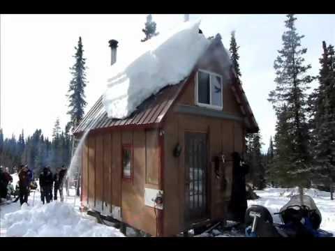 Alaska method roof shoveling
