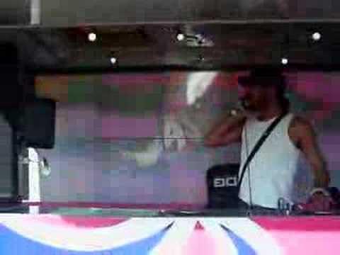 DJ Pathaan @ Wychwood Festival