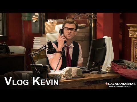 CAZAFANTASMAS. Kevin, el secretario sexy. Ya en cines.