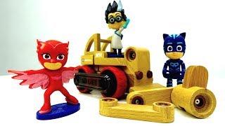 Kinderfilm auf Deutsch. Wir spielen mit PJ Masks Toys.