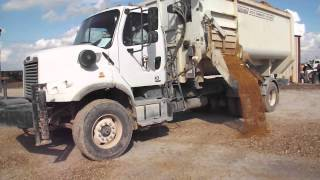 2012 Freightliner w/Roto-Mix feedbox selling on Big Iron November 5, 2014