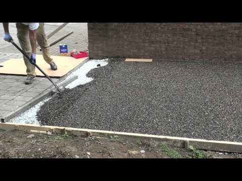 gravel lok garden path installation