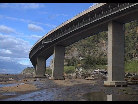 SEACLIFF BRIDGE, Illawarra, New South Wales, Australia