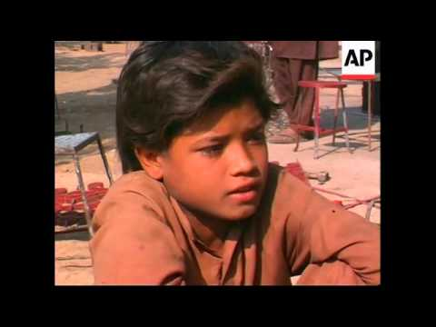 PAKISTAN: CHILDREN FORCED TO WORK TO MAKE ENDS MEET