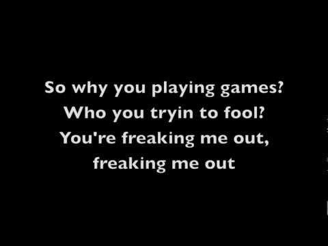 Freaking Me Out - Simple Plan (Lyrics)