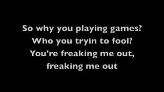 Repeat youtube video Freaking Me Out - Simple Plan (Lyrics)