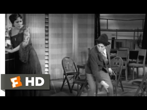Animal Crackers (4/9) Movie CLIP - Chase'a Da Women (1930) HD