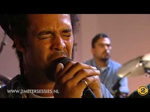 """Michael Franti & Spearhead """"Oh My God"""" live   2 Meter Sessions 1999"""