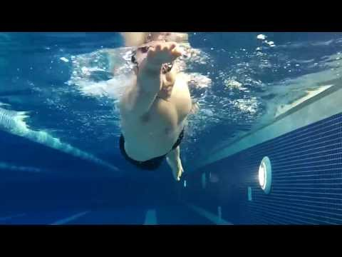 Rolling the body - Swimming Front Crawl