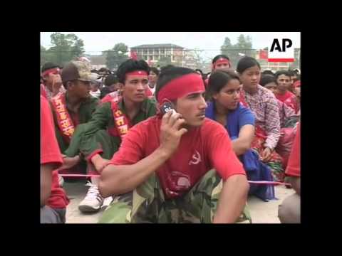Tens of thousands communist rebels and supporters rally in Nepalese capital