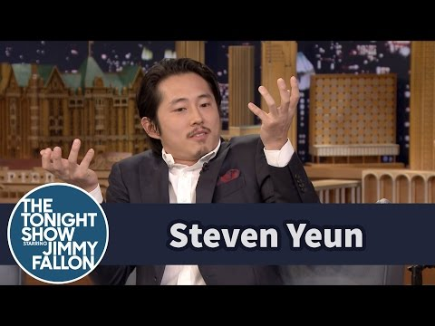 Steven Yeun Reveals How He Stayed Mum on His Walking Dead Fate