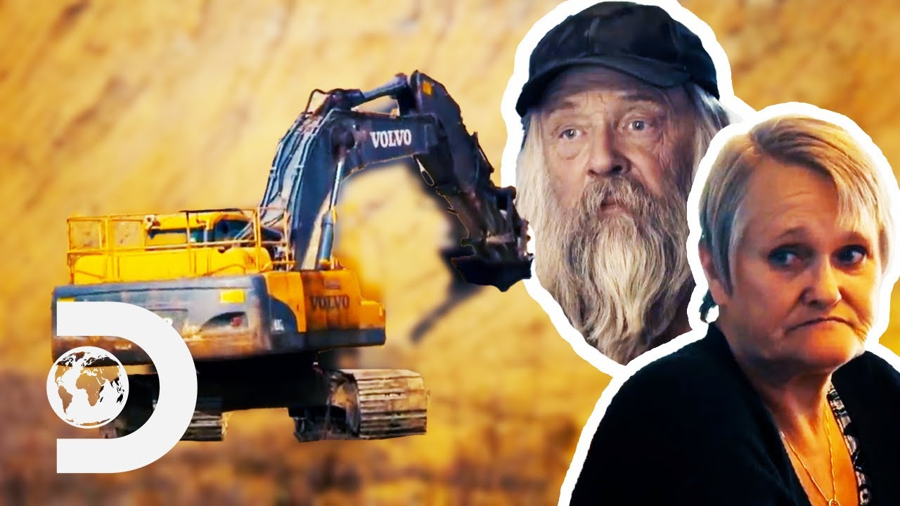 Download Tony Beet Gambles On 30 Year Old Pay Dirt To Save His Season! | Gold Rush