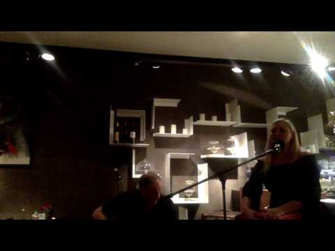 """Fawn Arnold  duo """"2Play!""""  Live in Cafe List"""