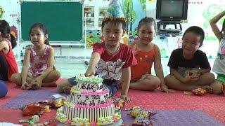Sinh nhật Dương 5 tuổi tổ chức tại lớp, rất vui và ý nghĩa, Kênh Em Bé ♥