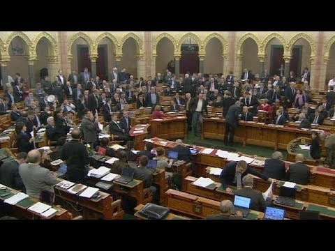 Hungary: Sirens sound as parliament backs Russian-financed nuclear deal