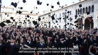 Salvini contro il valore legale della laurea: