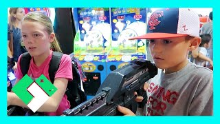 COOLING OFF IN THE ARCADE (Day 1529)