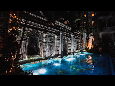 """Exploring The Versace Mansion """"Villa Casa Casuarina"""" (Gianni Versace's Home In Miami Beach,Florida)"""
