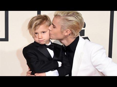 Grammy Awards 2016 - Justin Bieber & Little Brother Jaxon Bieber Rocked Red Carpet At Grammys 2016
