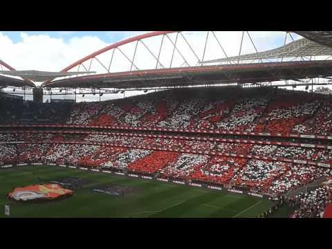 Ambiente fantástico no Estádio da Luz no Benfica vs Porto - 26/04/2015